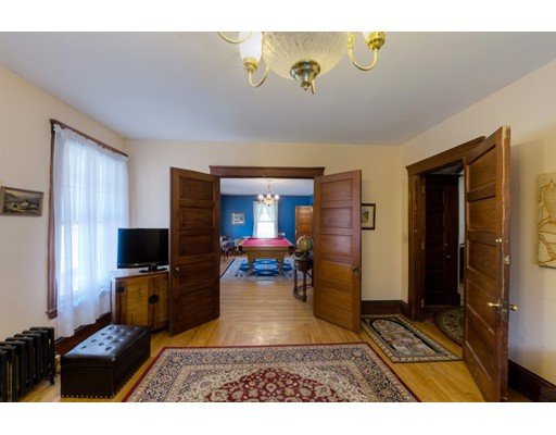 487 Pleasant St, Leicester, MA, 01524