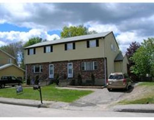 多户住宅 为 销售 在 18 Turning Mill Lane 18 Turning Mill Lane 伦道夫, 马萨诸塞州 02368 美国