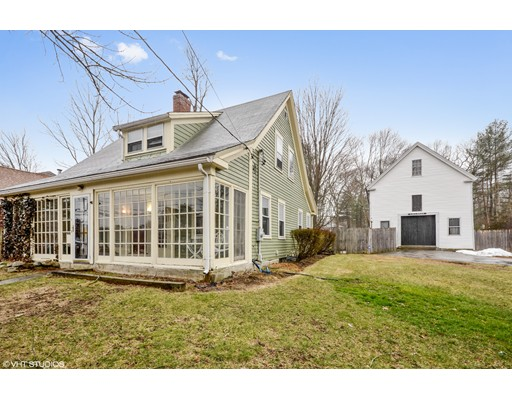 Casa Unifamiliar por un Venta en 181 Spring Street 181 Spring Street Rockland, Massachusetts 02370 Estados Unidos