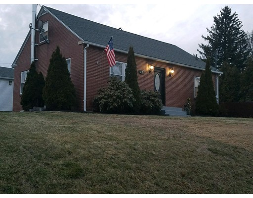 Casa Unifamiliar por un Venta en 27 Wilno Avenue 27 Wilno Avenue Ludlow, Massachusetts 01056 Estados Unidos