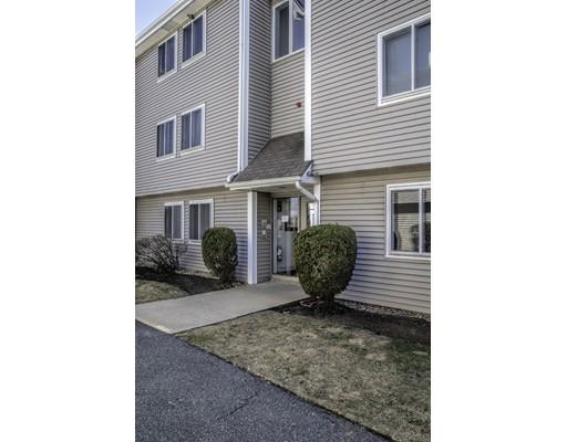 18 Leverett Avenue, Boston, MA 02128