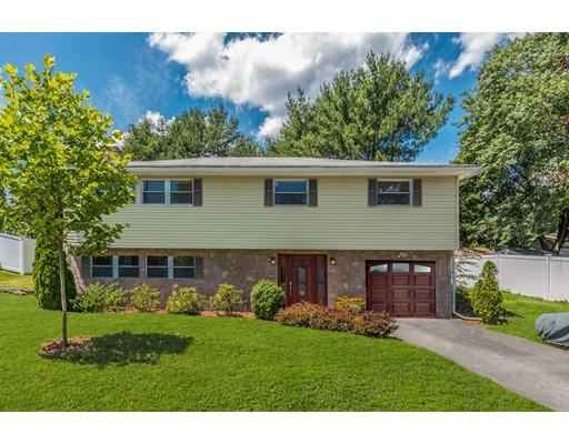 Casa Unifamiliar por un Alquiler en 99 Damon Road 99 Damon Road Needham, Massachusetts 02494 Estados Unidos
