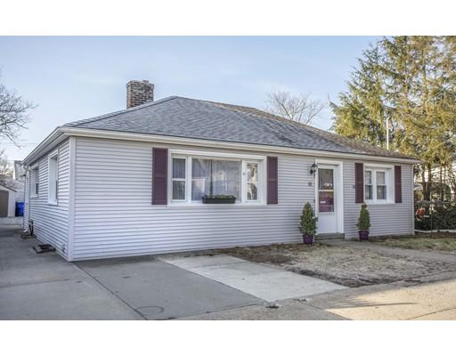 独户住宅 为 销售 在 11 Kelton Street 11 Kelton Street Pawtucket, 罗得岛 02861 美国