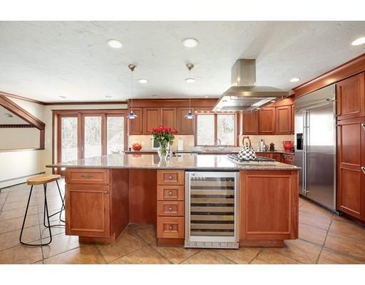 63 Topsfield Rd, Boxford, MA, 01921