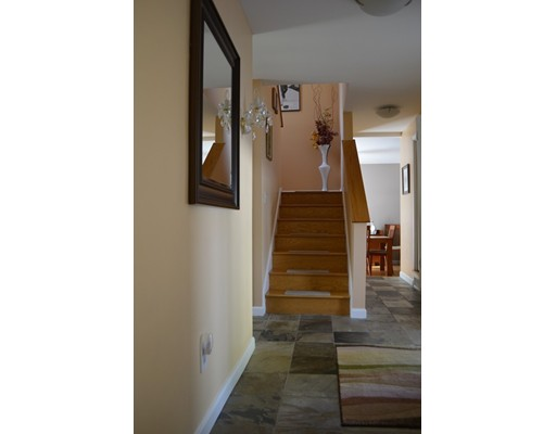 Picture 4 of 10 Fox Hollow Unit 10 Wayland Ma 2 Bedroom Condo