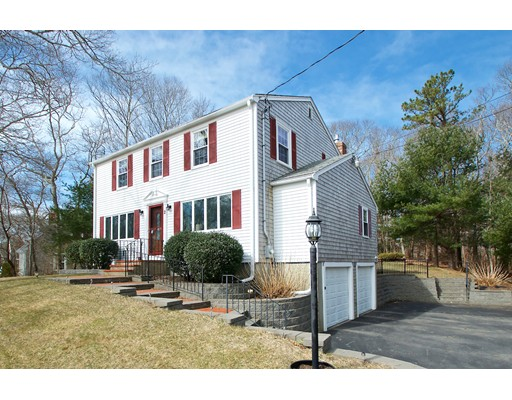 Homes For Sale In The Kingsbridge Shores Subdivision