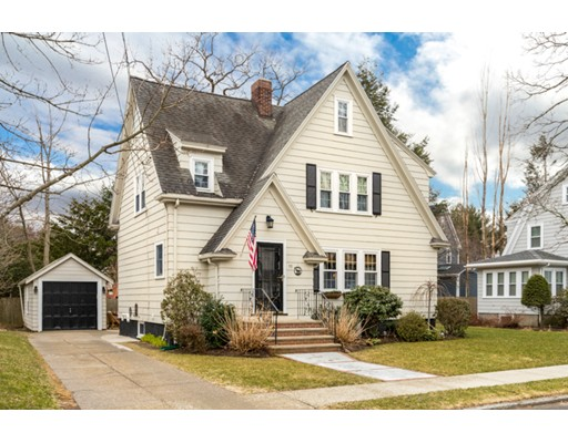 Maison unifamiliale pour l Vente à 53 Albert Street 53 Albert Street Melrose, Massachusetts 02176 États-Unis