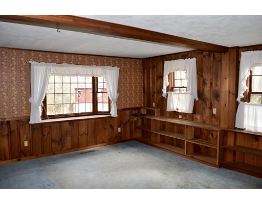 27 North Rd, Westfield, MA, 01085