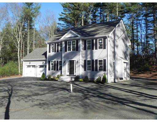Casa Unifamiliar por un Venta en 792 W Washington Street 792 W Washington Street Hanson, Massachusetts 02341 Estados Unidos