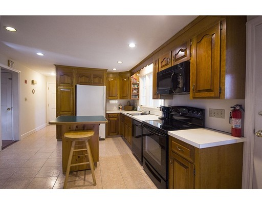 Picture 12 of 42 Country Club  Dedham Ma 4 Bedroom Single Family