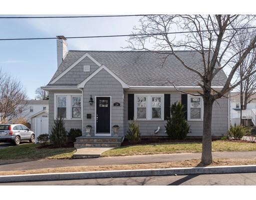 Частный односемейный дом для того Продажа на 24 Bloomfield Street 24 Bloomfield Street Quincy, Массачусетс 02171 Соединенные Штаты
