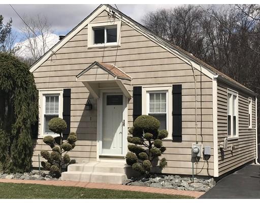 Maison unifamiliale pour l Vente à 1 Mountaindale Road 1 Mountaindale Road Smithfield, Rhode Island 02917 États-Unis