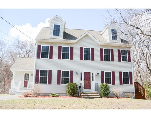 Single Family Home for Sale at 516 West Street 516 West Street Reading, Massachusetts 01867 United States