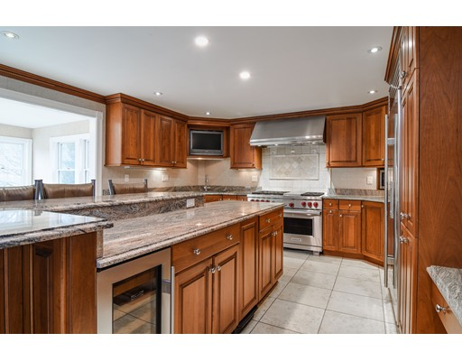 39 Yorkshire Rd, Dover, MA, 02030