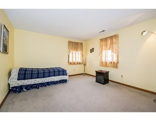 81 East St, South Hadley, MA, 01075