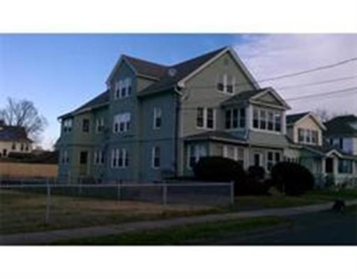 متعددة للعائلات الرئيسية للـ Sale في 67 Cochran 67 Cochran Chicopee, Massachusetts 01020 United States