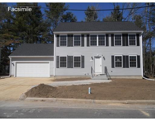 Maison unifamiliale pour l Vente à 259 Woodland Way 259 Woodland Way Ayer, Massachusetts 01432 États-Unis