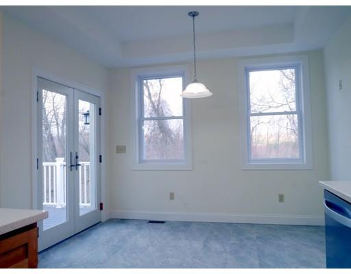 35 Canton Ave, Amherst, MA, 01002