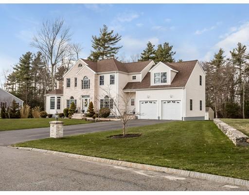 Casa Unifamiliar por un Venta en 52 Princess Lane 52 Princess Lane Raynham, Massachusetts 02767 Estados Unidos