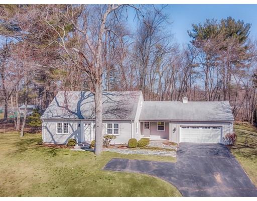 Maison unifamiliale pour l Vente à 13 Stirling Drive 13 Stirling Drive Wilbraham, Massachusetts 01095 États-Unis