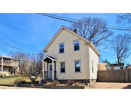 Picture 1 of 124 Bussey St  Dedham Ma  3 Bedroom Single Family#