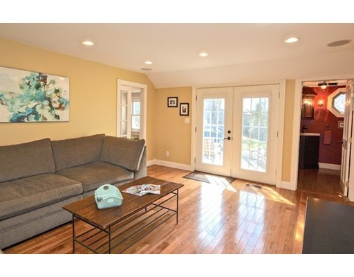 Picture 13 of 124 Bussey St  Dedham Ma 3 Bedroom Single Family