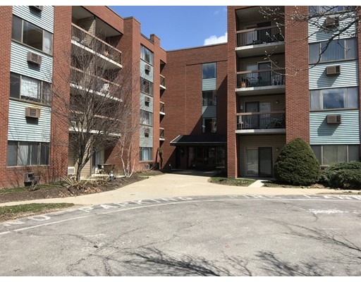 Picture 5 of 4975 Washington St Unit 304 Boston Ma 2 Bedroom Condo