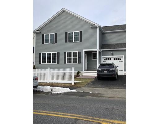 Casa Unifamiliar por un Alquiler en 51 Oak Street 51 Oak Street Needham, Massachusetts 02492 Estados Unidos