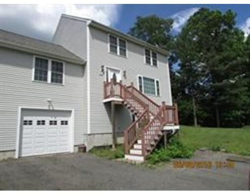 Maison unifamiliale pour l à louer à 220 Hart Street 220 Hart Street Taunton, Massachusetts 02780 États-Unis