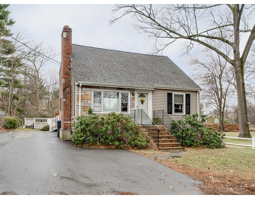 Picture 11 of 42 Evergreen Rd  Natick Ma 3 Bedroom Single Family
