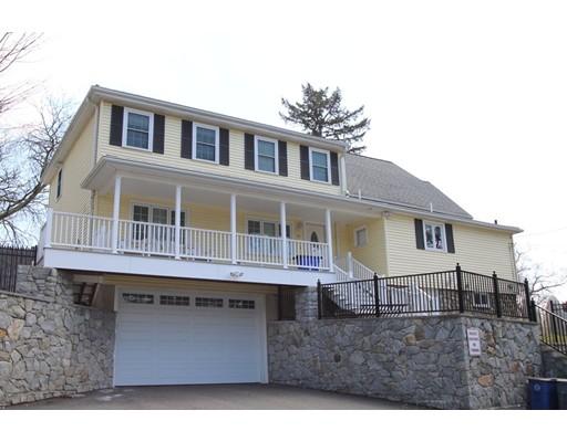 Maison unifamiliale pour l Vente à 10 Central Street 10 Central Street Saugus, Massachusetts 01906 États-Unis