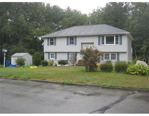Single Family Home for Rent at 3 Forest Park Avenue 3 Forest Park Avenue Billerica, Massachusetts 01862 United States