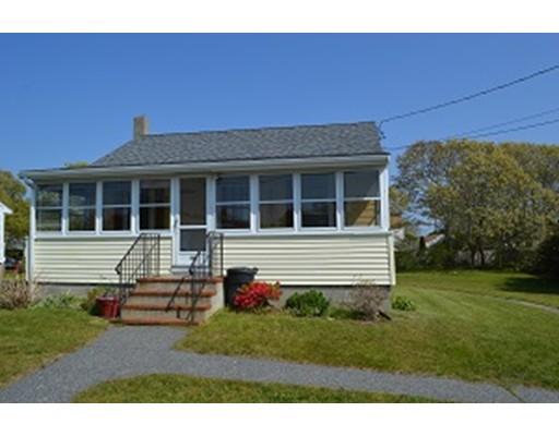 Casa Unifamiliar por un Alquiler en 44 Bourne Neck Drive 44 Bourne Neck Drive Bourne, Massachusetts 02532 Estados Unidos