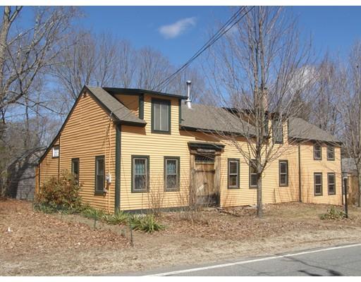 واحد منزل الأسرة للـ Sale في 24 Athol Road 24 Athol Road Warwick, Massachusetts 01378 United States
