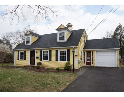 Picture 2 of 23 Mayflower Rd  Needham Ma 3 Bedroom Single Family