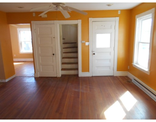 25 Peterson St, North Attleboro, MA, 02760