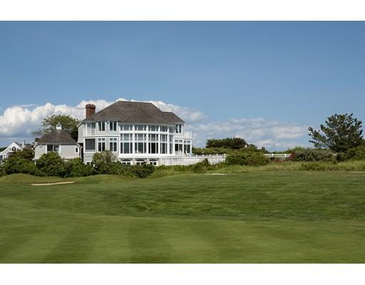 Maison unifamiliale pour l Vente à 134 Shore Drive West 134 Shore Drive West Mashpee, Massachusetts 02649 États-Unis