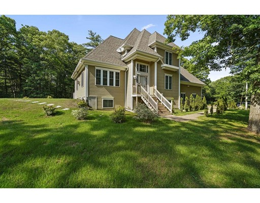 Casa Unifamiliar por un Venta en 284 Monponsett Street 284 Monponsett Street Hanson, Massachusetts 02341 Estados Unidos