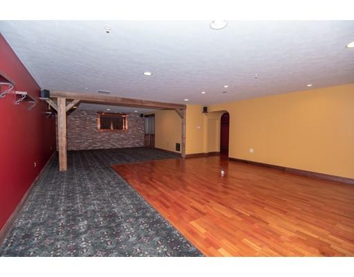 126 Saddlebred Rd 126, Fitchburg, MA, 01420