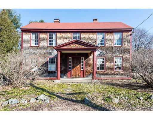 واحد منزل الأسرة للـ Sale في 494 North Street 494 North Street Georgetown, Massachusetts 01833 United States