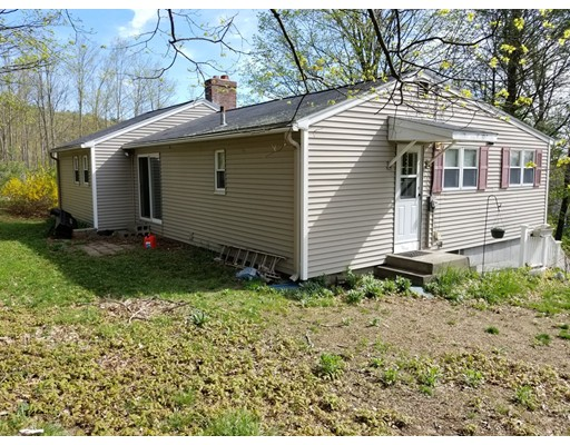 18  Valley Rd,  Southborough, MA