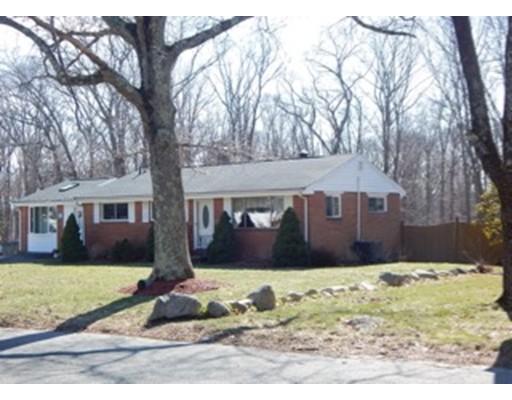 Casa Unifamiliar por un Venta en 100 Whiting Avenue 100 Whiting Avenue Whitman, Massachusetts 02382 Estados Unidos
