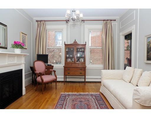 Andelslägenhet för Försäljning vid 67 Monument Avenue 67 Monument Avenue Boston, Massachusetts 02129 Usa