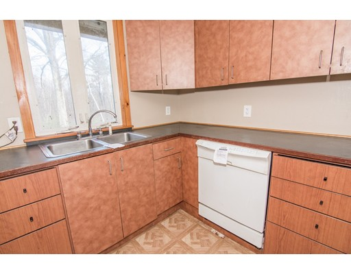 163 Barker Hill Rd, Townsend, MA, 01469
