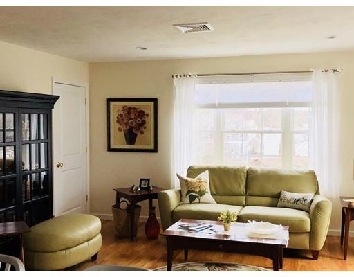 5 Taft Avenue, Mendon, MA, 01756