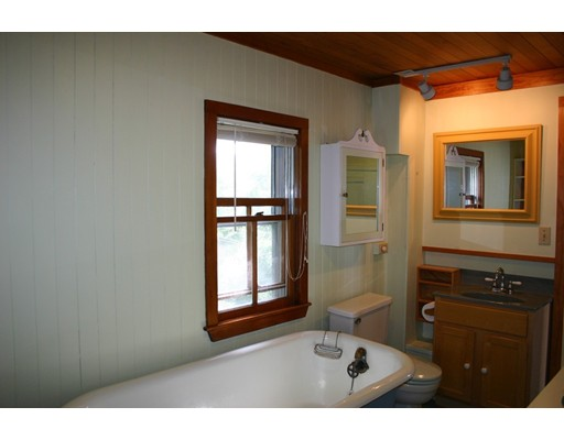 7 Gale Ave, Rockport, MA, 01966
