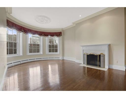 205 Commonwealth Ave, Boston, MA 02116
