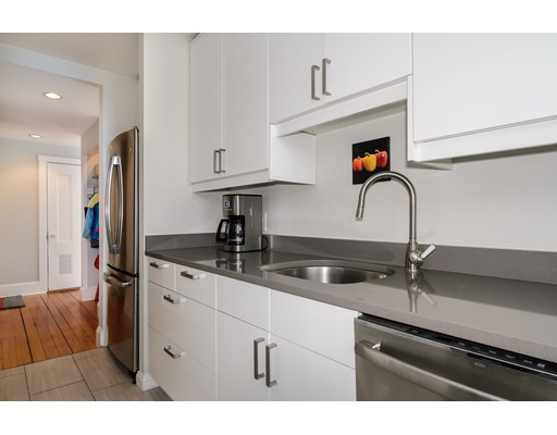 Picture 3 of 3 Waban St Unit 2 Wellesley Ma 2 Bedroom Condo