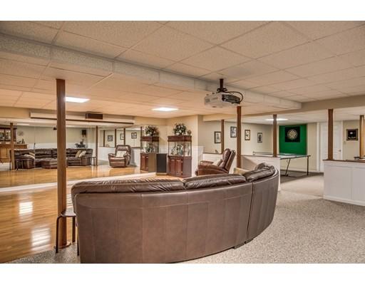 15 Old Tavern Ln, Sutton, MA, 01590