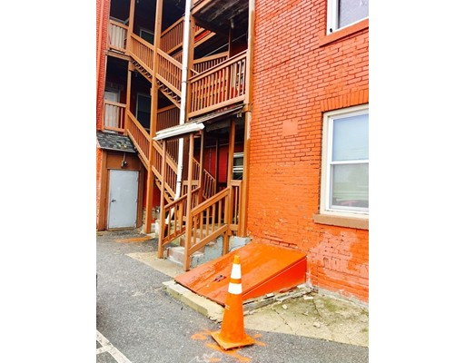 48 West Street, Chicopee, MA, 01013
